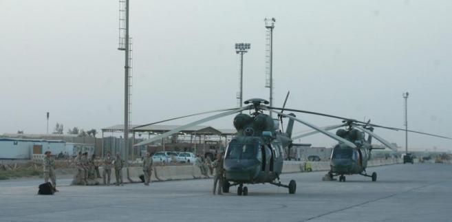 Helikoptery sokół w słuzbie w Bagdadzie.