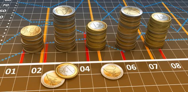 Od początku dzisiejszego dnia waluty zachowywały się bardzo ciekawie.