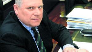 dr Janusz Fiszer, partner w PwC, docent Uniwersytetu Warszawskiego