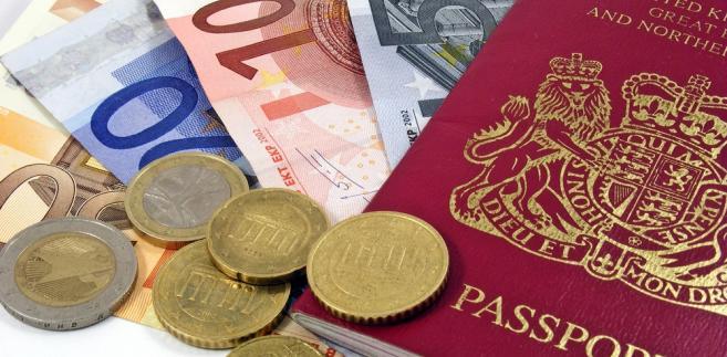 paszport-pieniądze