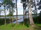 Bezprawne ogrodzenia i brak przejścia nad jeziorem? NIK potwierdza samowolę, a władze bezradne
