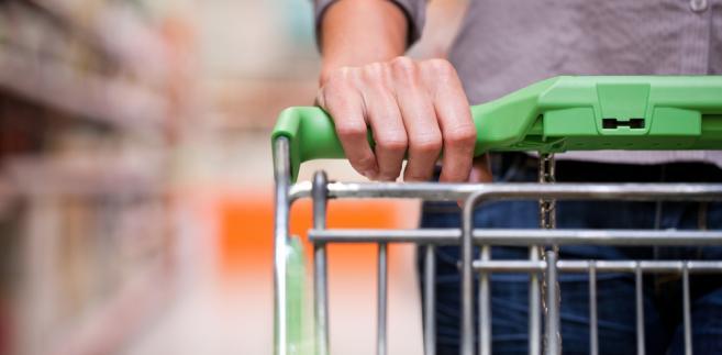 Czynne mogą być małe sklepiki, ale tylko pod warunkiem, że za ladą stanie właściciel.