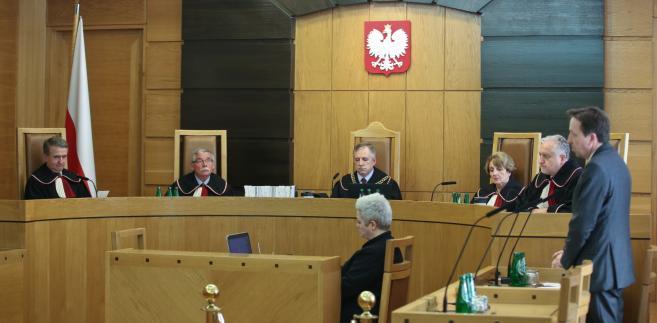 Rozprawa przed Trybunałem Konstytucyjnym ws. zgodności ustawy Prawo o ruchu drogowym
