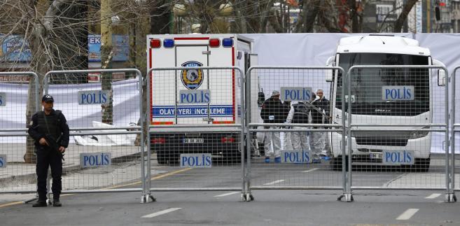 Cztery osoby zatrzymane w związku z zamachem w Ankarze