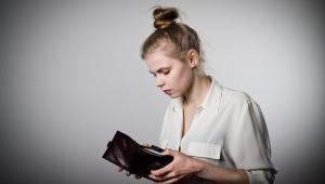 Przepisy kodeksu pracy regulują zasady rozliczania czasu pracy w przypadku zwolnienia pracownika w trakcie trwającego okresu rozliczeniowego w art. 1516 k.p.