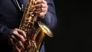 """""""Jazz rodził się w nowoorleańskich tancbudach, więc to absurd, że dziś często uważany jest za muzykę snobów"""" - dziwił się w rozmowie z PAP jeden z najwybitniejszych współczesnych saksofonistów jazzowych Branford Marsalis, denerwując się na brak zainteresowania jazzem ze strony szerokiej publiczności."""