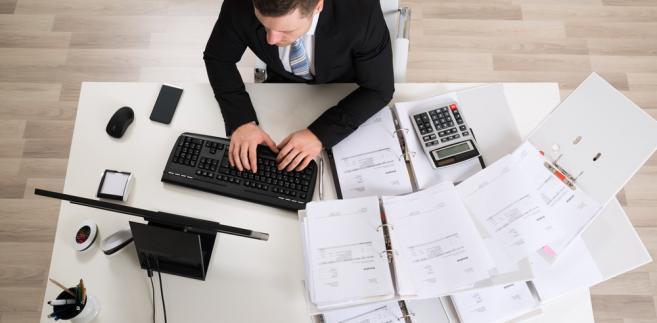 Notariat jest zawodem prawniczym najbardziej związanym z papierową formą dokumentu.