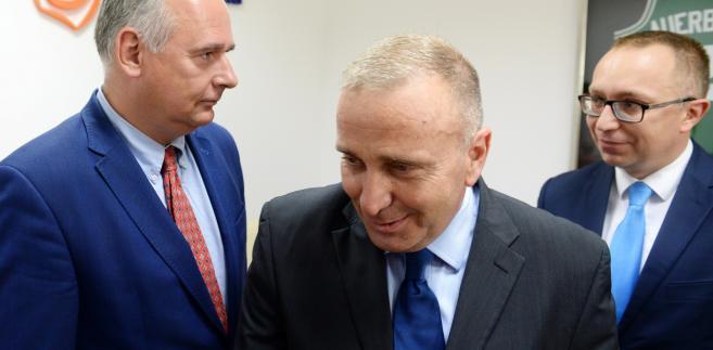 """PO: Komisja Europejska nie dała się nabrać polityce PiS-u. """"Takie zachowania uderzają w dobre..."""