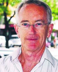 """Steve Keen profesor ekonomii na Kingston University w Londynie, autor książki """"Demaskując ekonomiczne mity"""" (""""Debunking economics"""")"""