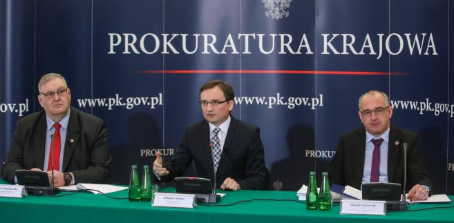 Bogucki - prawomocnie uniewinniony w 2013 r. od zarzutu nakłaniania do zabójstwa gen. Marka Papały - otrzymał zadośćuczynienie za pozostawanie w areszcie w związku z tą sprawą.