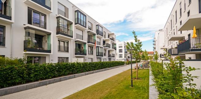 Pierwsze inwestycje w ramach programu Mieszkanie plus już powstają. Najemcy będą mogli podpisywać umowy najmu z opcją dojścia do własności.