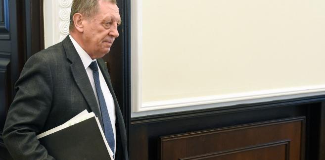 Minister podczas piątkowej konferencji w Sejmie pytany był o zapowiadane przez resort środowiska nowe nasadzenia drzew w Puszczy Białowieskiej.