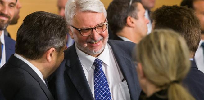 Witold Waszczykowski w kwaterze NATO w Brukseli