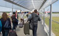 Nadużycie dominującej pozycji? PLL LOT poskarżyło się do UOKiK na lotnisko w Modlinie