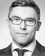 Radosław Piekarz doradca podatkowy zkancelarii A&RT Rynkowska, Kosieradzki, Piekarz