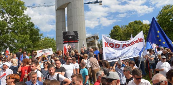 Z całej Polski przyjechało 16 autokarów i dwa busy