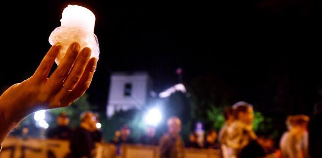 Protesty popiera 95 proc. zwolenników Nowoczesnej, 84 proc. - Platformy, 80 proc. - SLD, 69 proc. partii Razem, 56 proc. - partii Wolność, 43 proc. - Kukiz'15, 42 proc - PSL