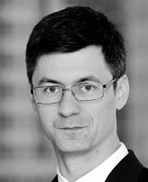 Hubert Hajduczenia adwokat z kancelarii DLA Piper