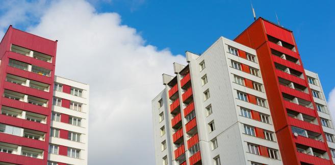 Nowa wersja projektu doprecyzowuje regulacje dotyczące obowiązku przeprowadzenia przez inwestora konkursu na koncepcję urbanistyczno-architektoniczną.