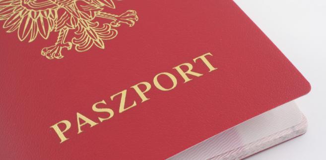 43 tys. paszportów wydał w ub.r. polski urząd konsularny w Londynie