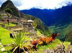 Machu Picchu – słynne, położone w Andach (na wysokości 2090-2400 m n.p.m), najlepiej zachowane miasto Inków, znajdujące się w odległości 112 km od Cuzco. Powstało w XV wieku za panowania jednego z najwybitniejszych władców Pachacuti Inca Yupanqui.