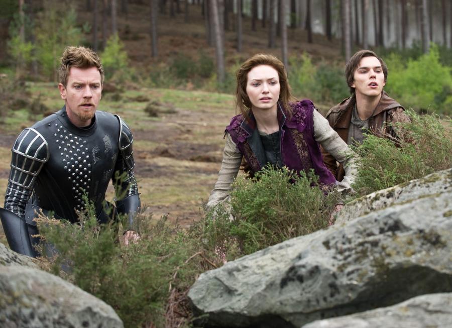"""Ewan McGregor, Eleanor Tomlinson i Nicholas Hoult w filmie """"Jack pogromca olbrzymów"""""""