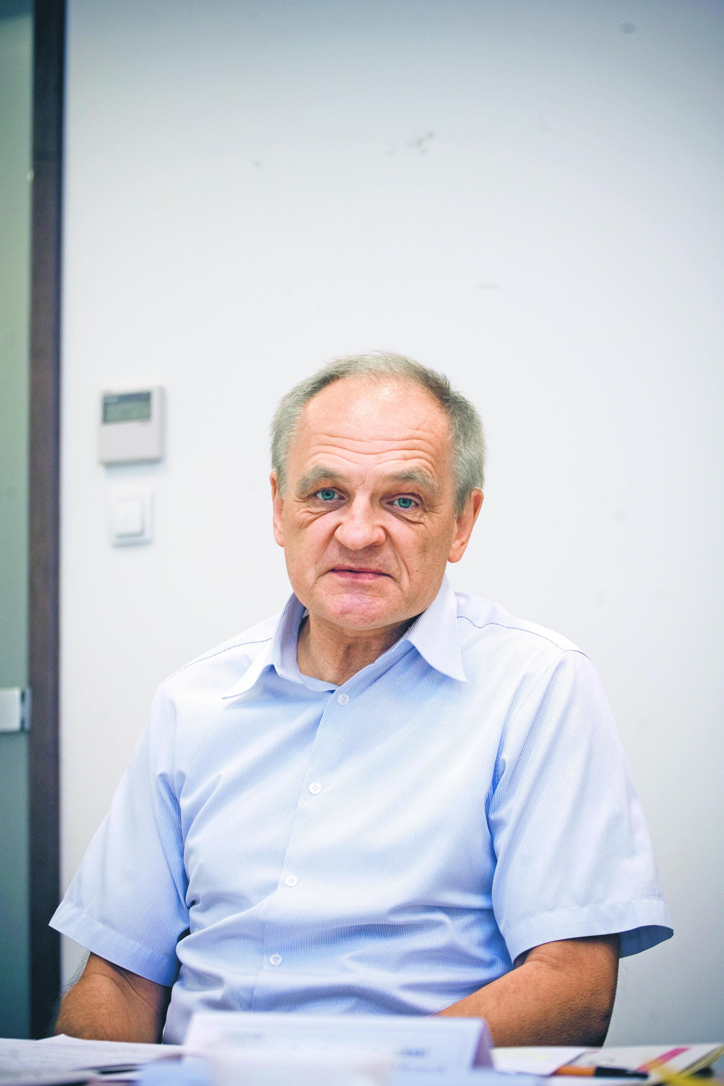 prof. Bogumił Brzeziński, kierownik Katedry Prawa Finansów Publicznych Uniwersytetu Mikołaja Kopernika w Toruniu i Zakładu Prawa Finansowego Uniwersytetu Jagiellońskiego