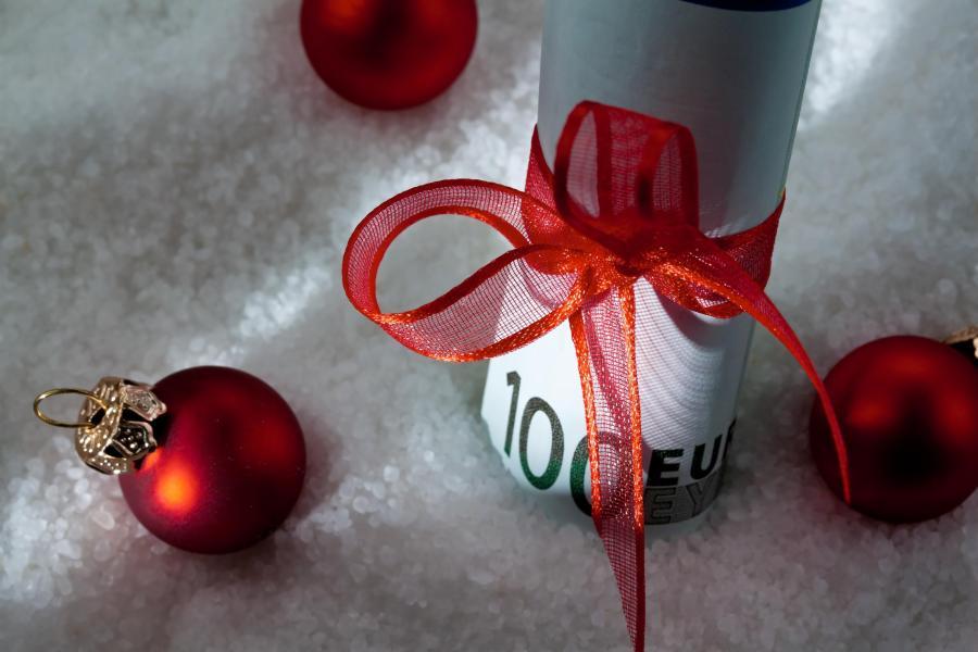 Święta, pieniądze, prezenty