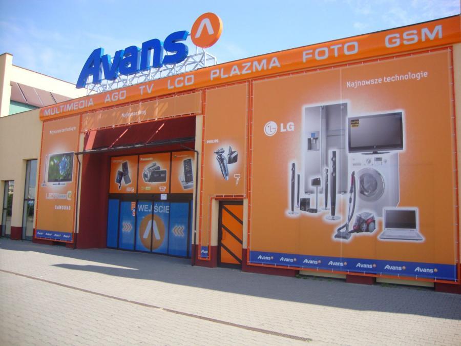 Salon Avans w Sieradzu, autor: Asen, licencja: CC 3.0