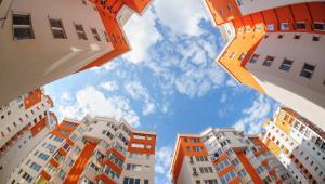 Najistotniejszy wpływ na zobowiązania publicznoprawne, a także dochody gmin ma podatek od nieruchomości.