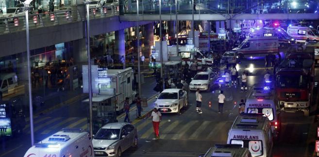 Ekspozja na lotnisku w Stambule w Turcji