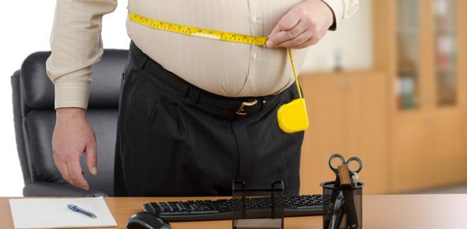 Postępujący wzrost wagi jest ogólnoświatowym trendem – w zależności od szacunków, na całym globie ludzi z nadwagą bądź otyłych może być od 1,1 do nawet 2 miliardów, a z powodu otyłości umiera rocznie ponad 3 miliony z nich.