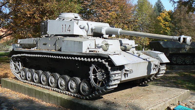 niemiecki czołg PzKpfw.IV - fot. Vassia Atanassova - Spiritia / Wikimedia Commons, lic cc-by-sa