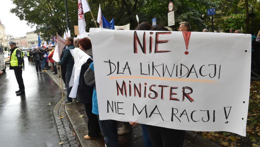 Protest ZNP przeciwko reformie edukacji