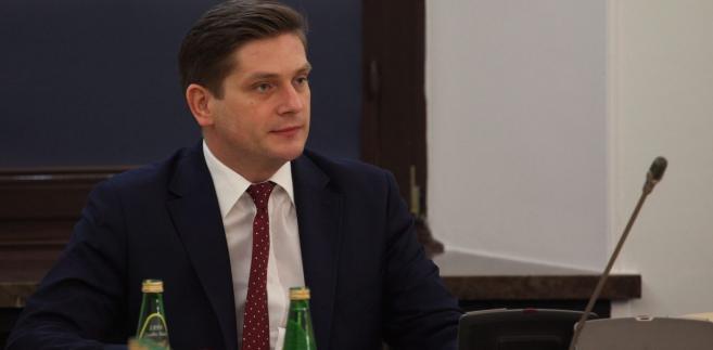 Wiceszef MON Bartosz Kownacki