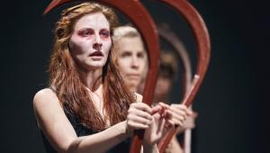 Widzowie obejrzą m.in. spektakl Hamlet komentarz wrocławskiego Teatru Pieśń Kozła, fot. Mateusz Bral