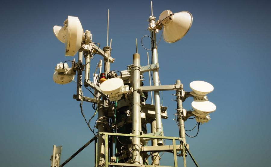 Anteny nadawcze telefonii komórkowej