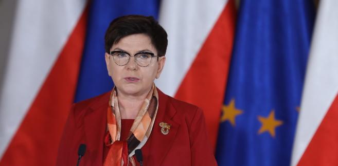 Premier Beata Szydło podczas XV Forum Polityki Zagranicznej Pozycja Polski w świecie - wyzwania i dylematy na Zamku Królewskim w Warszawie.