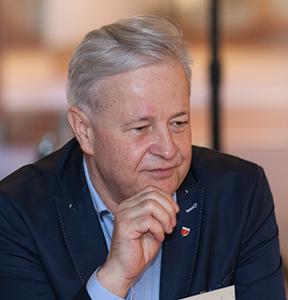 Apoloniusz Tajner, prezes Polskiego Związku Narciarskiego, były trener kadry skoczków