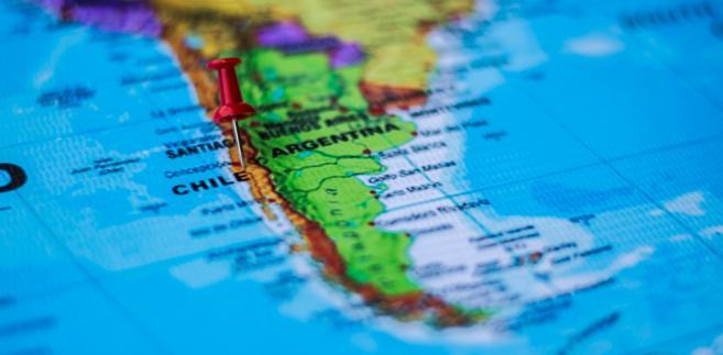 Rządy Pinocheta kosztowały życie 3200 osób, a 28 tys. poddano torturom. Wśród ofiar był Víctor Jara, chilijski Jacek Kaczmarski.