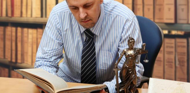 Skoro notariusz nieprawidłowo obliczył i pobrał podatek, to sam będzie musiał dopłacić różnicę