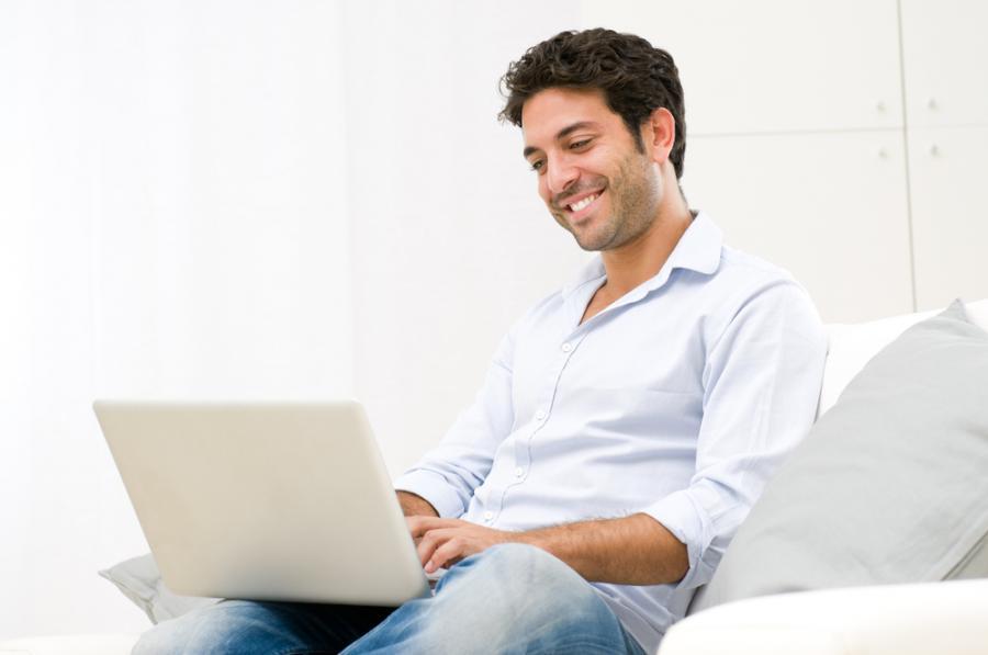 Laptop, mężczyzna