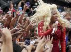 "Nicki Minaj (15.5 million$)<br /><iframe width=""630"" height=""354"" src=""http://www.youtube.com/embed/SeIJmciN8mo"" frameborder=""0"" allowfullscreen></iframe>"